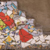 Креативная мозаика из старой посуды
