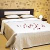 Простая спальня – пример интерьерного решения с выставки ЕЕМ 2012