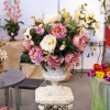 Композиции из искусственных цветов для интерьера