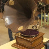 Старые граммофоны и патефоны — символы среднего класса