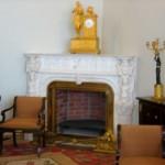 Каминные часы в гостиную