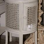 стол тумбочка во французском провинциальном стиле - Проованс