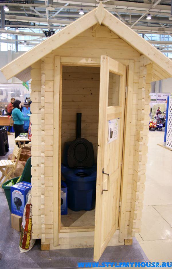 готовый дачный туалет