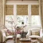 окна в гостиной - американский деревенский стиль