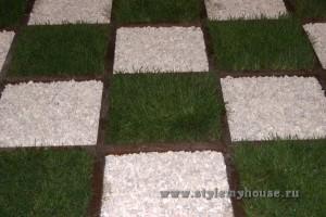 посадка газона на даче - шахматная доска
