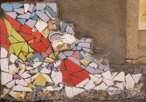 лоскутная мозаика на стене
