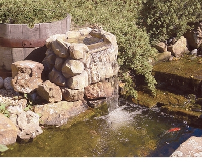 водопад своими руками на участке