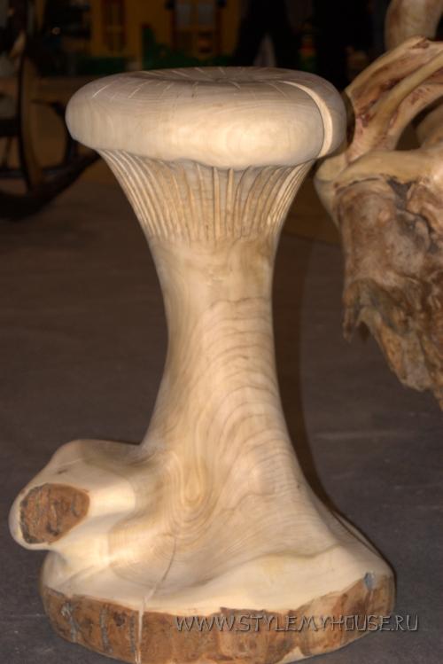 деревянная фигура - грибок