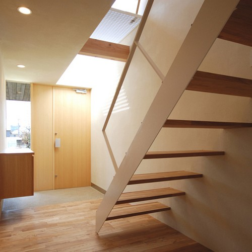 лестница в японском коттедже