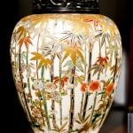 ваза из фарфора