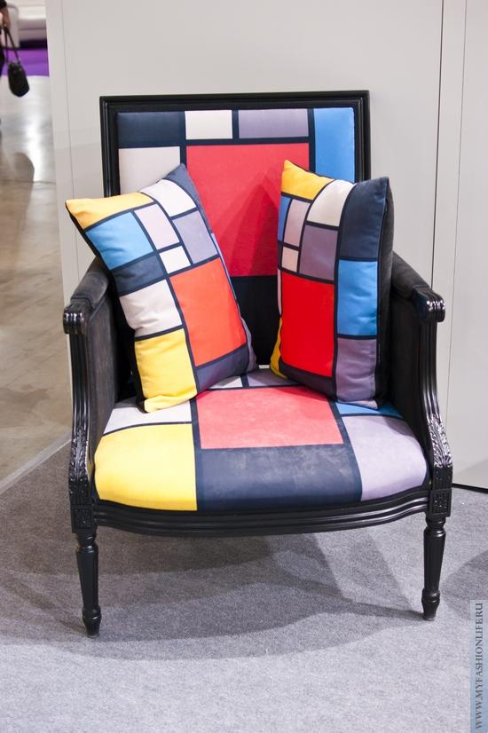 кресло в стиле абстракционизм