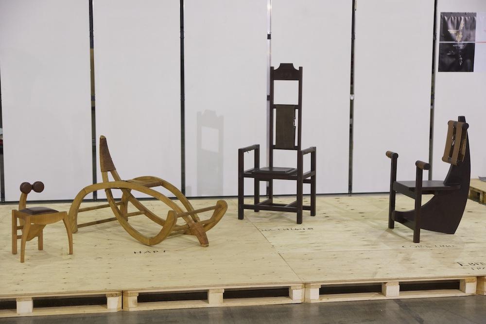 необычные стулья и кресла