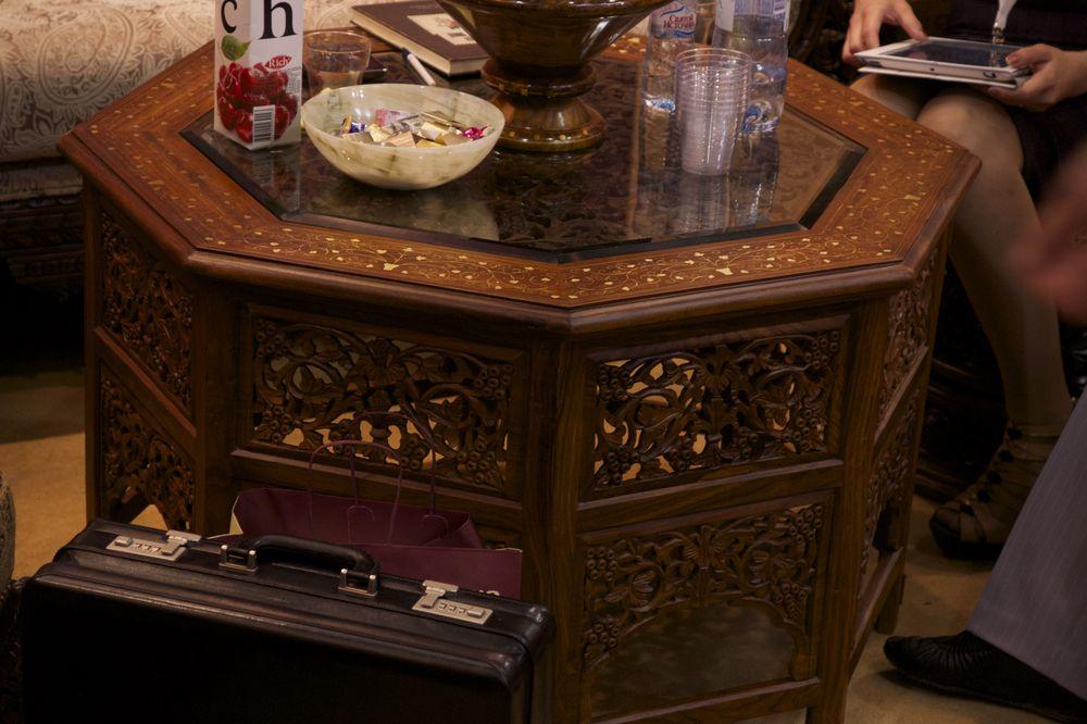 журнальный столик в азиатском стиле