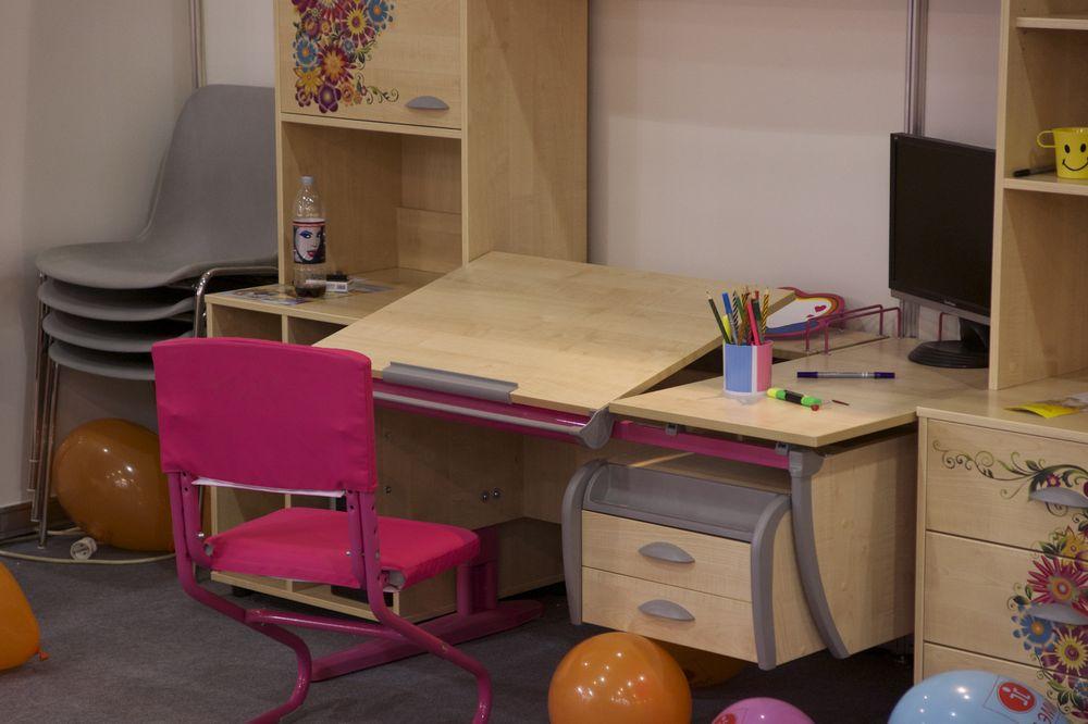 рабочее место для детей