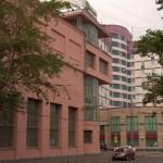 здание постронное архитектором Голосовым