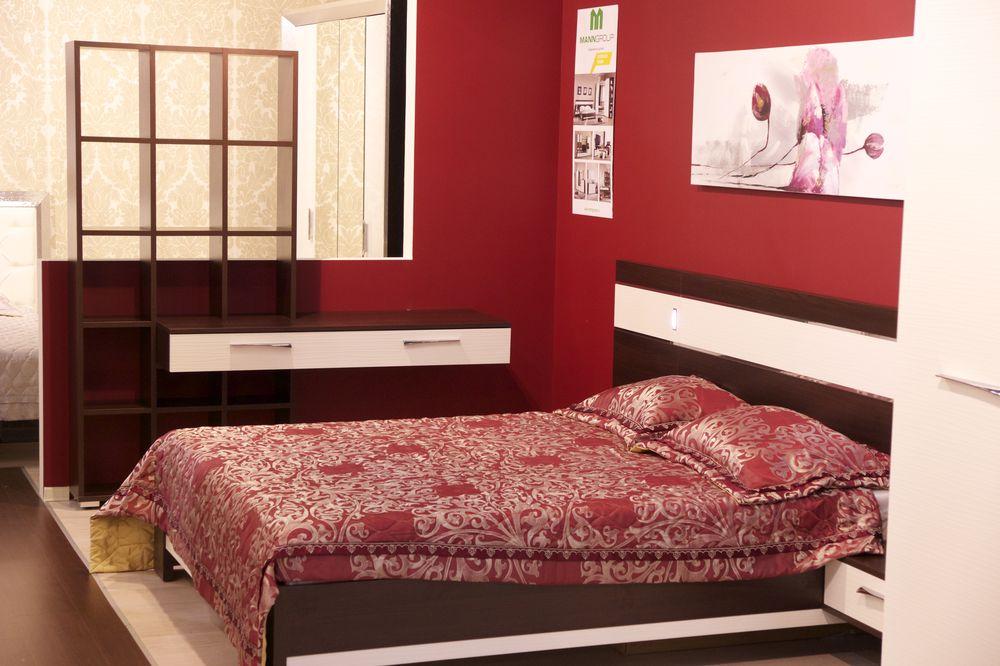 спальня в красном цвете
